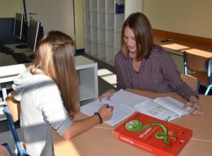 Im Lernstudio erhalten Schülerinnen und Schüler individuelle Unterstützung bei Lernschwierigkeiten.